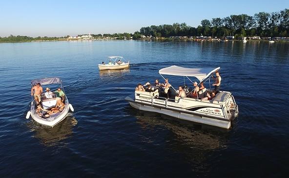 Motorboote von Cruiser Craft auf dem Geierswalder See