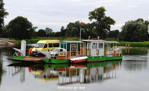 Fähre über die Oder, Foto: Wolfgang Roth