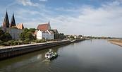 Blick über die Oder auf Frankfurt (Oder), Foto: Seenland Oder-Spree / Florian Läufer