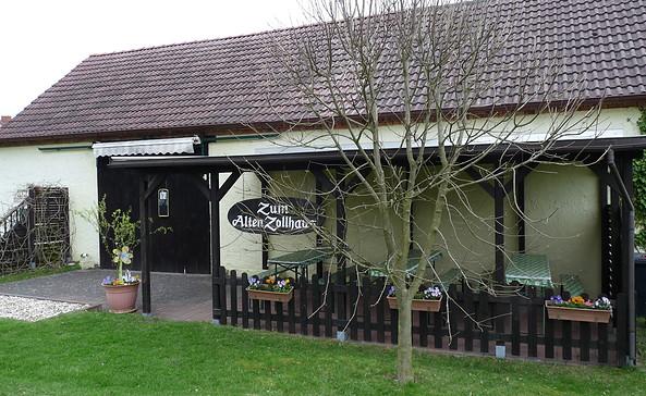 """Imbiss """"Zum Alten Zollhaus"""", Foto: Tourismusverband Niederlausitz e.V."""