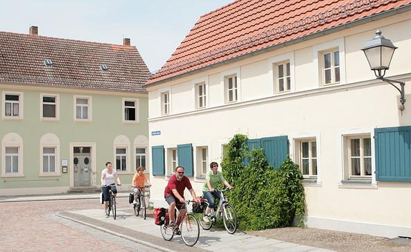 Radler in Mühlberg, Foto: TV Elbe-Elster-Land e.V.