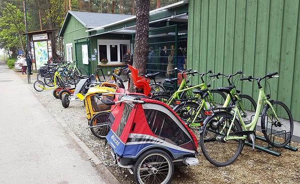 Radstützpunkt von aktiv-tours im Familienpark Senftenberger See