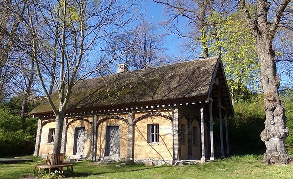 Waschhaus im Gutspark Petzow, Foto: Elke Schmiele