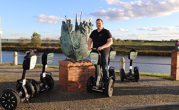 Patrick Bockelmann mit Segways in Wittenberge an der Elbe, Foto: Second Way To Go