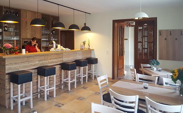 Tresen im Novel Hotel Restaurant, Foto: Novel Hotel