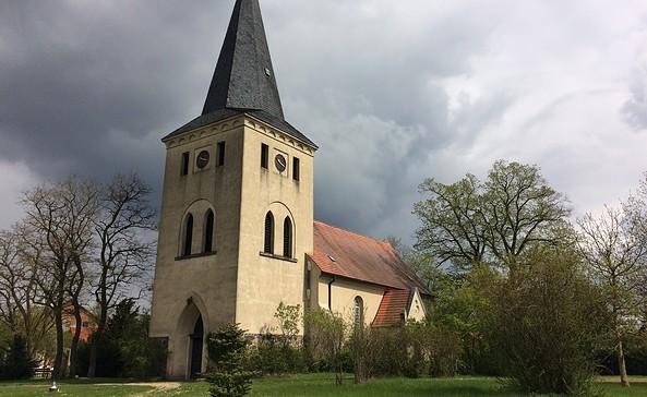 Kirche Alt Madlitz, Foto: Sandra Ziesig