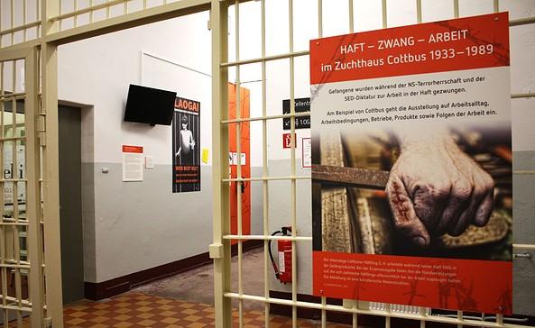 Ausstellung Haft Zwang Arbeit, Foto: Menschenrechtszentrum Cottbus e.V.