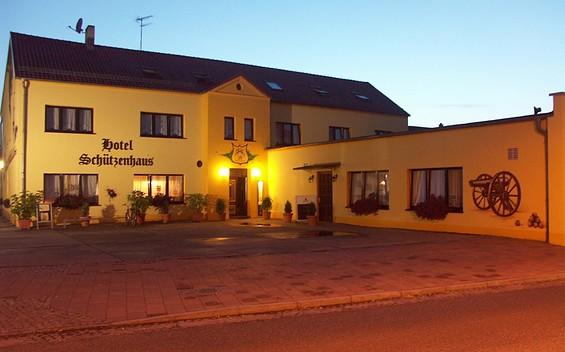 """Hotel """"Schützenhaus"""" Brück"""