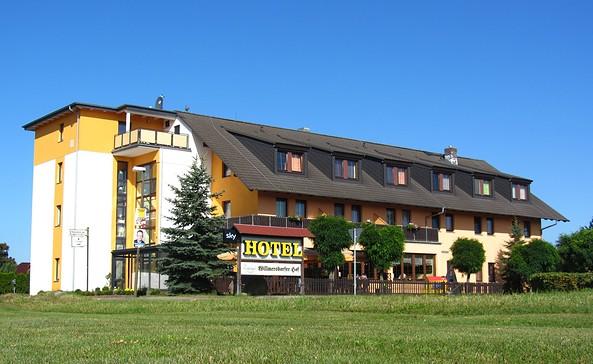 Außenansicht, Foto: Hotel & Restaurant Willmersdorfer Hof