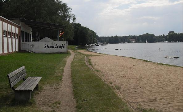 Strand und Strandcafe von Jessern, Foto: TEG