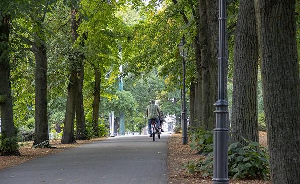 Radfahrer auf dem Humboldthain in Brandenburg an der Havel, Foto: ScottyScout