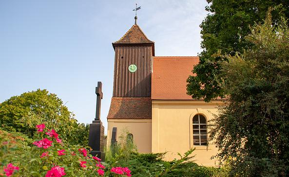 St. Anna-Kirche in Löwenbruch, Foto: TMB-Fotoarchiv/ScottyScout