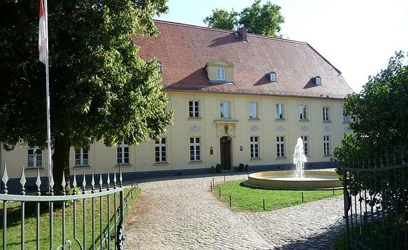 Eingang Schloss Diedersdorf