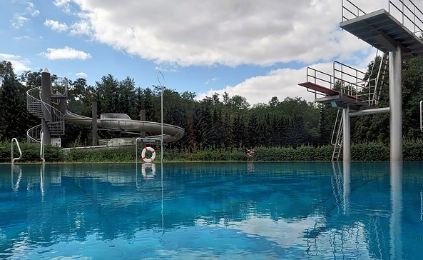 Waldschwimmbad Hainholz