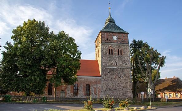 Immanuelkirche, Gross Schoenebeck, Foto: ScottyScout