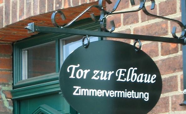 """""""Tor zur Elbaue"""""""