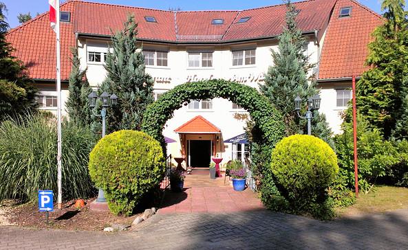 """Der Eingangsbereich des """"Hotel am Wald"""", Foto: Hotel am Wald"""