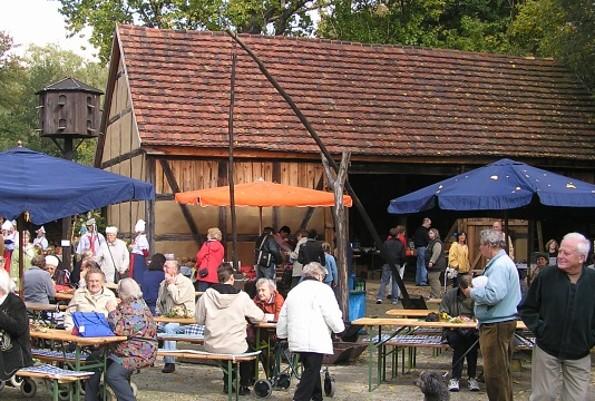 Herbstfest auf der bäuerlichen Hofanlage vom Schloss Spremberg