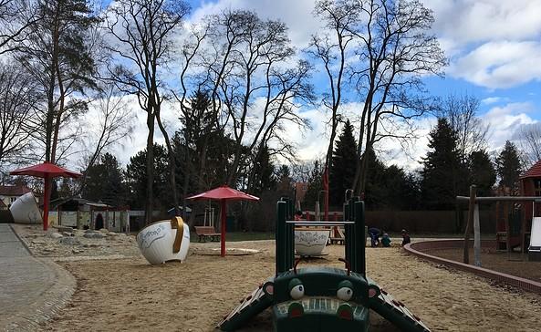 Alice im Wunderland Spielplatz in Zeuthen, Foto: Tourismusverband Dahme-Seen e.V.