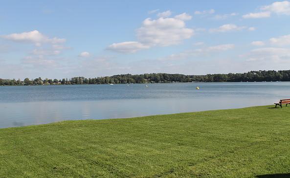 Die Badestelle am Leichhardt-Ufer ist 100 Meter entfernt, Foto: TEG