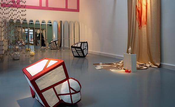 Ausstellungsansicht, HAUS ARBEIT – Alex Lebus & Marten Schech, 2019, Foto: Tim Noack