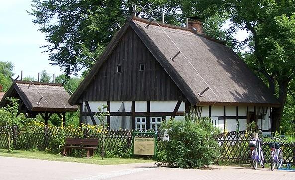 Außenansicht Heimathaus, Foto: Tourismusverband Dahme-Seen e.V
