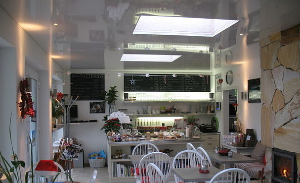 Café COFFEE & TRAVEL