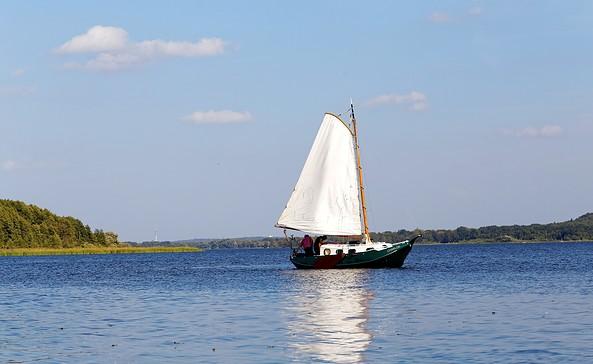 Segelboot auf dem Schwielowsee, Foto: Andre Stiebitz