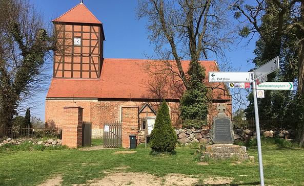 Kirche Fergitz, Foto: Anja Warning