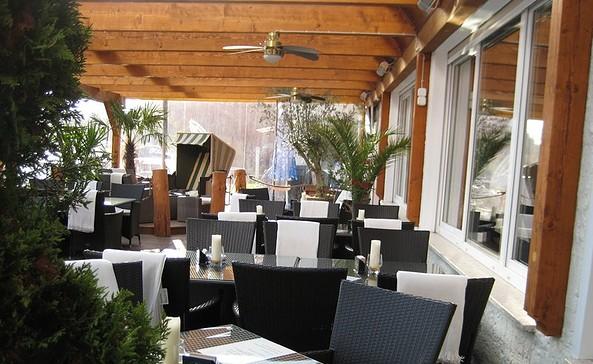 """Hafenrestaurant & Eiscafé """"LuBea"""""""
