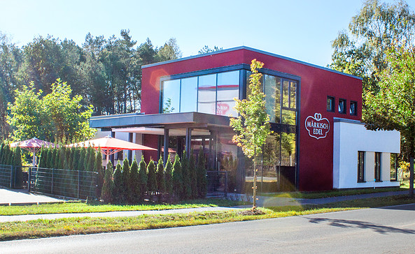 Blick auf das Bäckerei-Café, Foto: Märkisch Edel GmbH