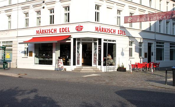 Außenansicht des Stadtcafés Märkisch Edel, Foto: Märkisch Edel GmbH