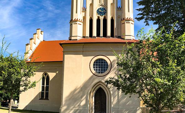 Schinkelkirche nach der Fassadensanierung, Foto: Michael Mattke