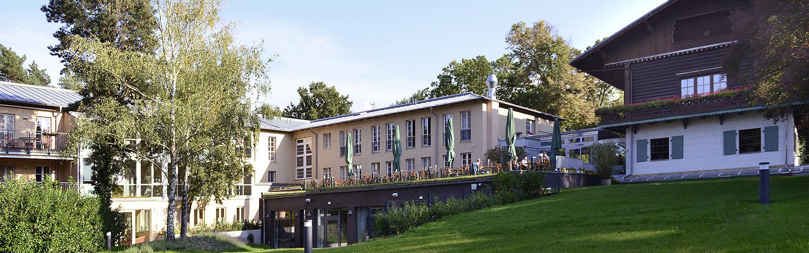 exterior view Hotel Bayrisches Haus (c) Frenkelson