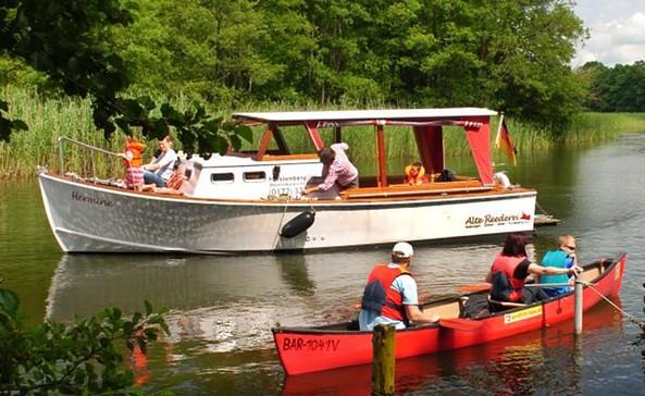 "Motorboot ""Hermine"", Foto: Alte Reederei"