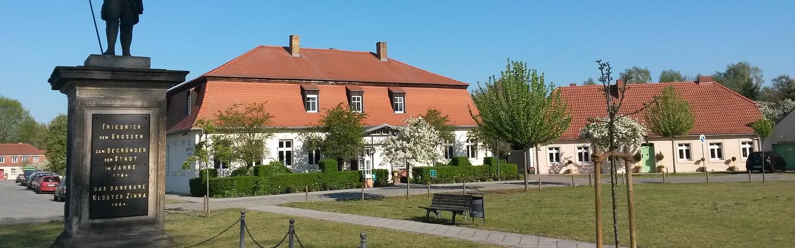 Hotel Alte Försterei Kloster Zinna on the market square, photo: Hotel Alte Försterei Kloster Zinna