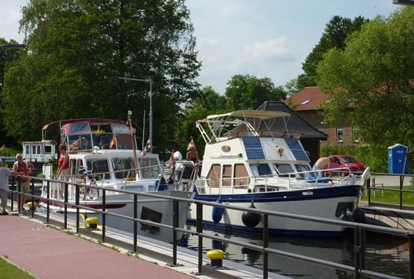 Historische Schiffertour zum Finowkanal und Werbellinsee, auf dem Finowkanal, Foto: Müller