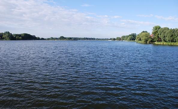 Floßtour durch die Flusslandschaft Untere Havelniederung in die Optikstadt Rathenow, Foto: TV Havelland e.V.
