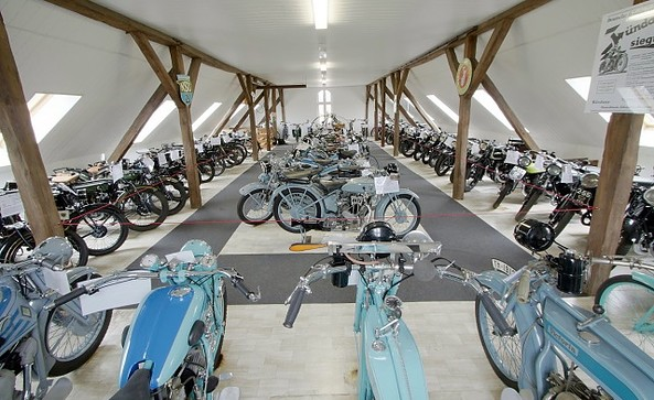 Oldtimermuseum Bergholz-Rehbrücke