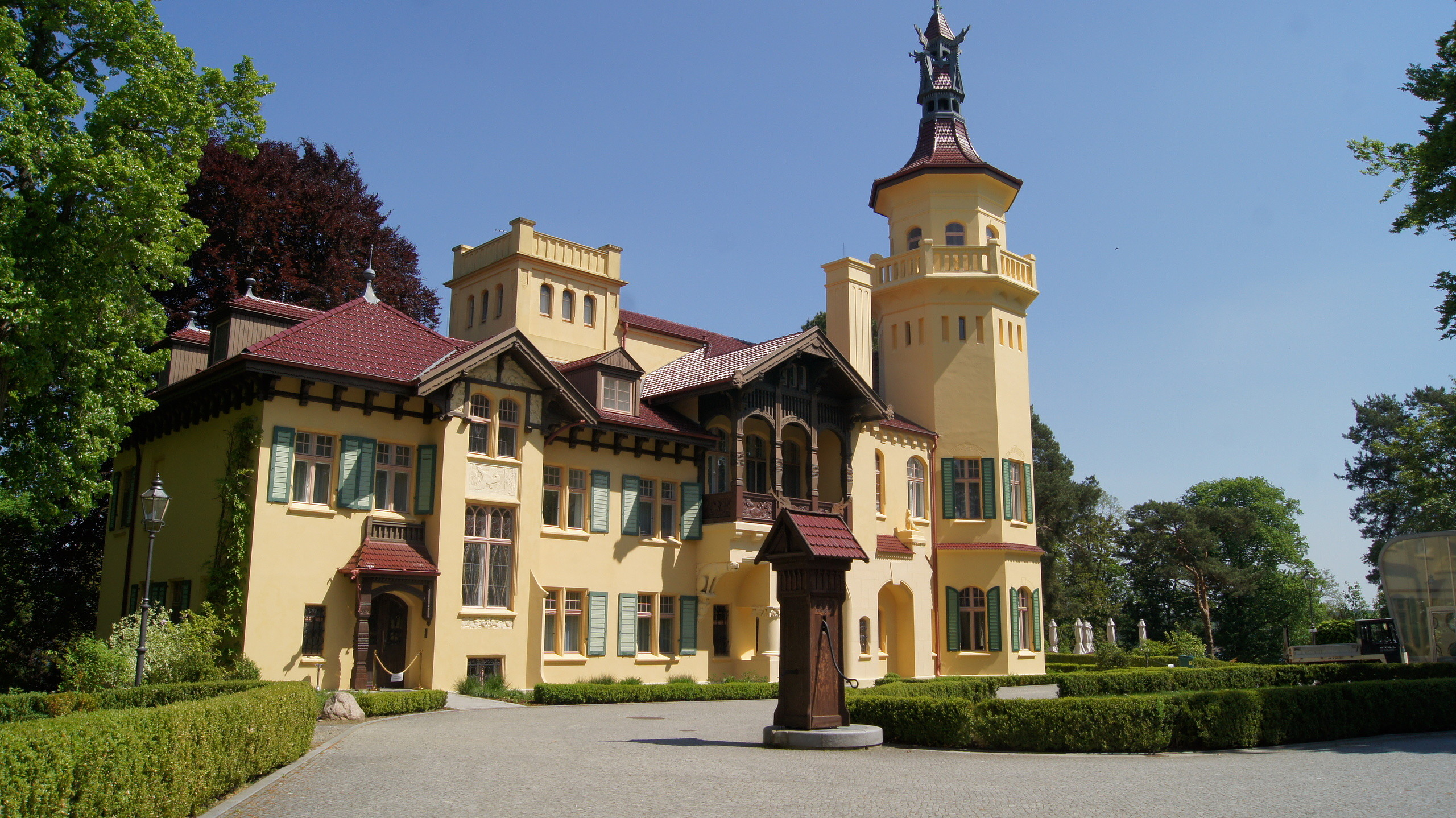 Schloß Hubertushöhe