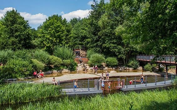 Wasserspielplatz auf der Schlossinsel