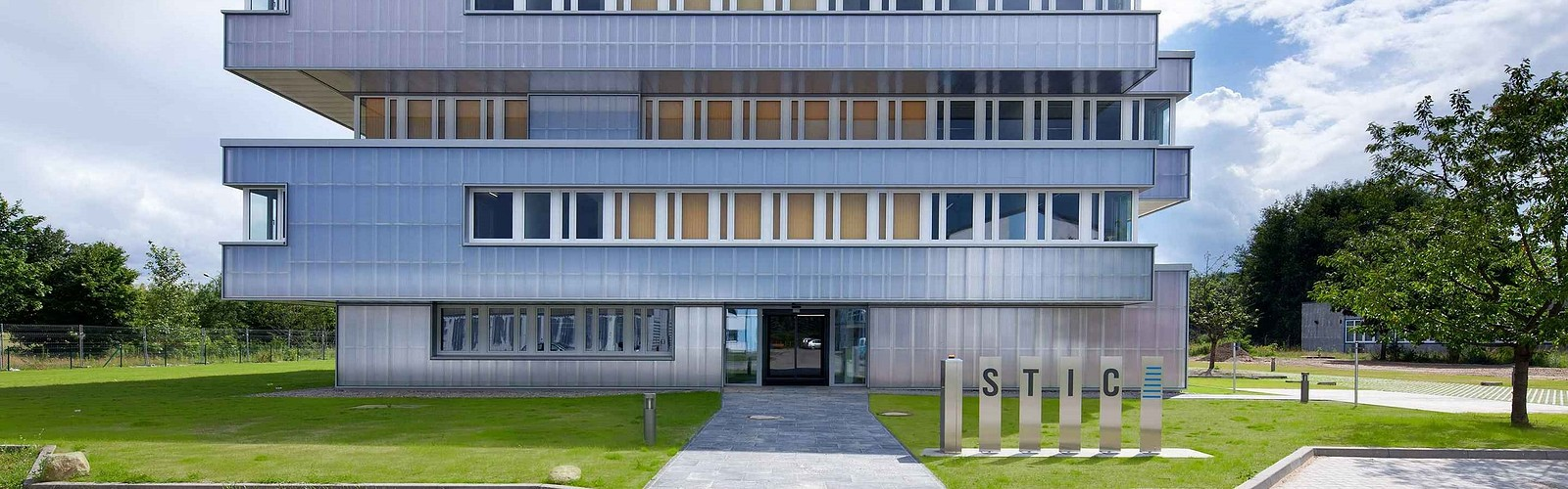TP6 Außenansicht, Foto: Julia Otto, Lizenz: STIC Wirtschaftsfördergesellschaft MOL mbH