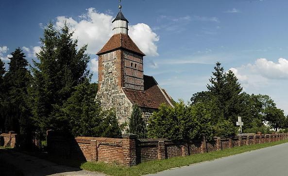 Kirche Spaatz, Foto: bbfc filmcomission