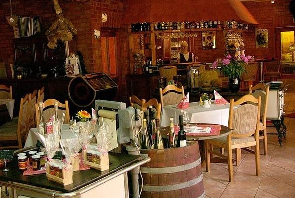 """Restaurant im Hotel """"Seehof"""" Netzen - Gastraum, Foto: Hotel """"Seehof"""" Netzen"""