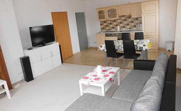 Ferienwohnung Gollmitz, Wohnraum mit Küche, Foto: Ferienwohnung C. Dahlke