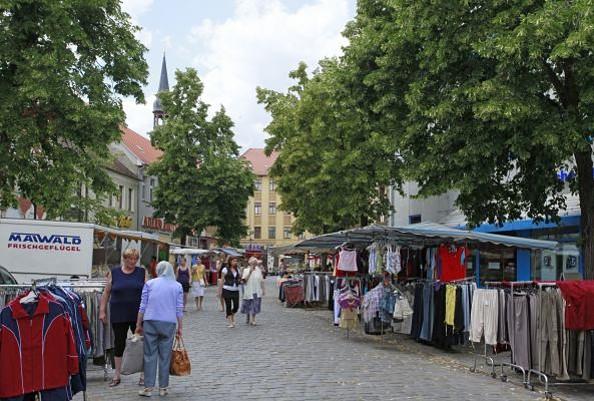 Auf dem Neuener Marktplatz © Henry Mundt