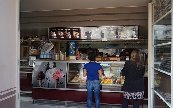"""Eiscafé """"Dolci e gelati"""""""