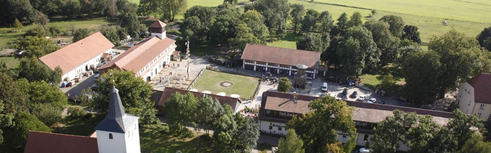 Schloss Diedersdorf. Luftbild