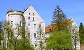 Blick auf Schloss Spremberg mit dem Niederlausitzer Heidemuseum