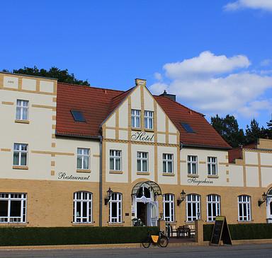 """Restaurant im Hotel """"Fliegerheim"""""""